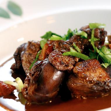 Coq au vin with red wine mousse